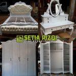 Set Tempat Tidur Klasik Putih Duco Minimalis Jepara